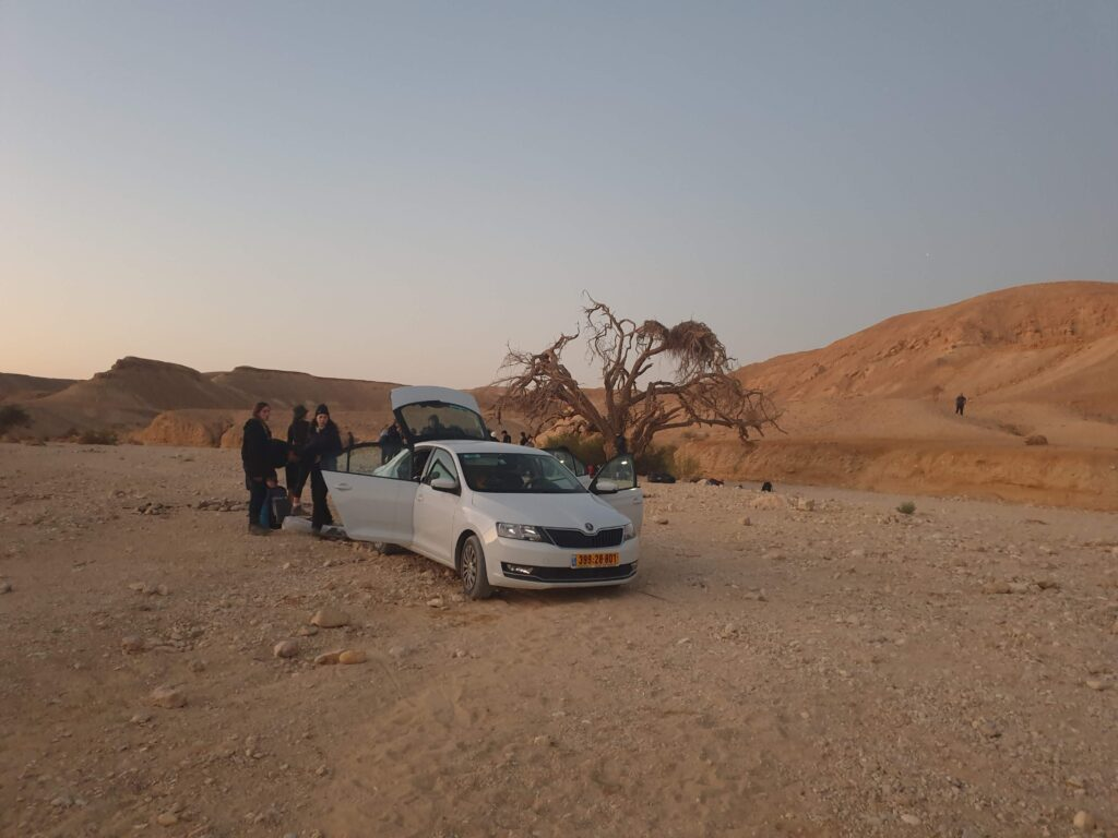 Shaharut Ascent car parking